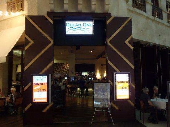 Ocean One Bar & Grille : Ocean One