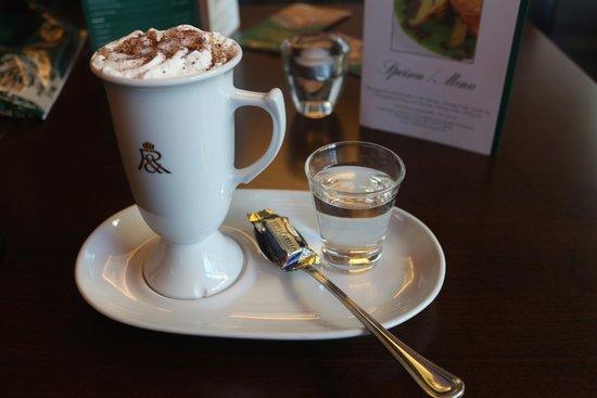 Rausch Schokoladenhaus - Cafe & Restaurant: Hot Chocolate with Cream
