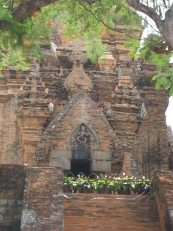 Po Nagar Cham Towers: North temple