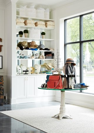 The Guesthouse Hotel : Shop like a local!