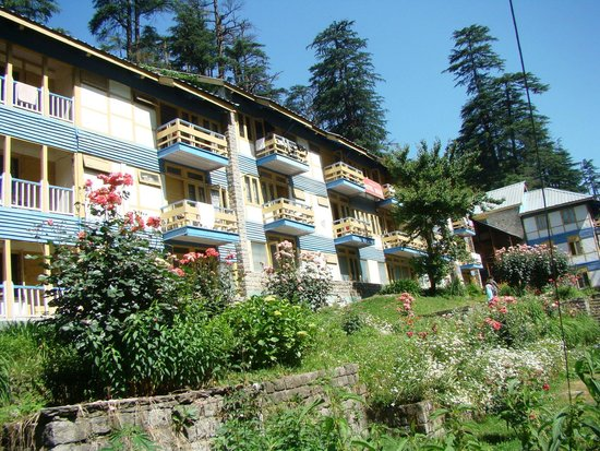 Hotel Beas (HPTDC) : Hotel Beas as seen from the garden