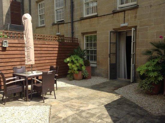 Vanbrugh House Hotel: Private terrace