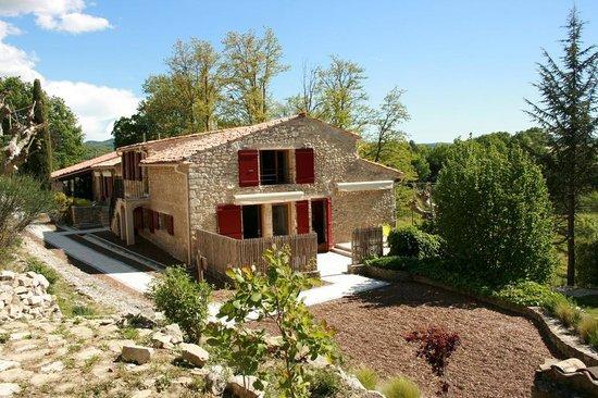 Le Mas de Fontefiguieres : Le mas du XVIIIe siècle propose 10 chambres et 4 suites