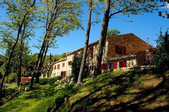 Le Mas de Fontefiguieres : Dans une nature préservée, l'hôtel universitaire du mieux-être est un lieu de ressourcement