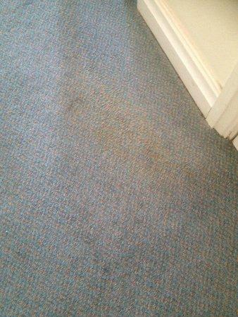 Britannia Ashley Hotel: Carpet stains