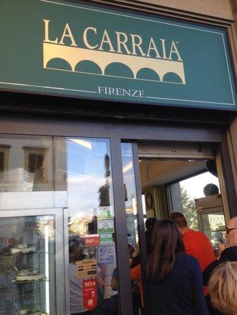 Gelateria La Carraia: The outside sign