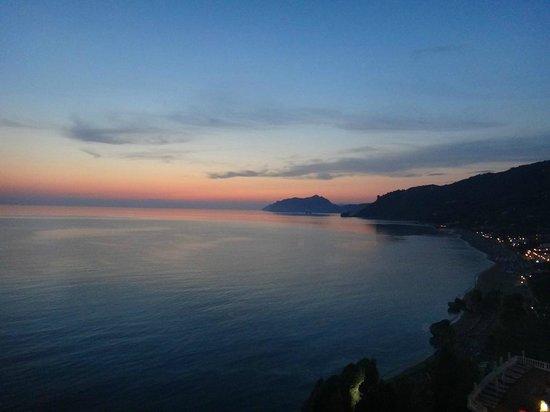 Mayor La Grotta Verde Grand Resort: View from Balcony