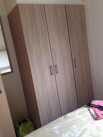 Seashore Holiday Park - Haven: Wardrobe double bedroom deluxe plus