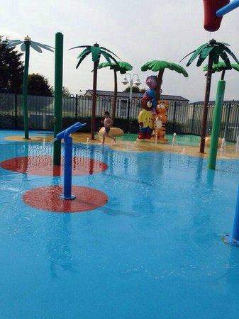 Seashore Holiday Park - Haven: Outside waterpark