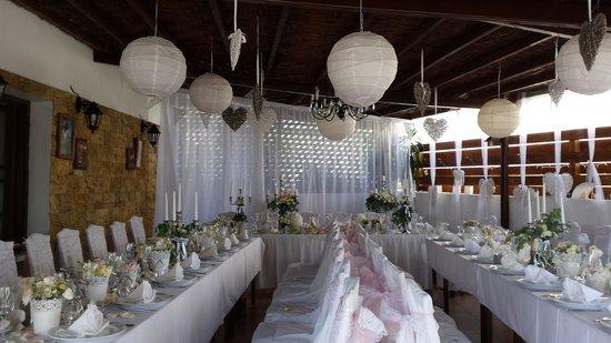 Windmill Restaurant: lovely wedding setup