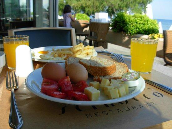 Golden Star City Resort: Breakfast