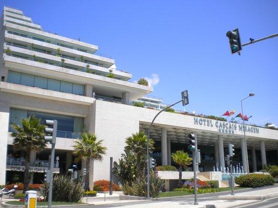 Hotel Cascais Miragem from Avenida Marginal