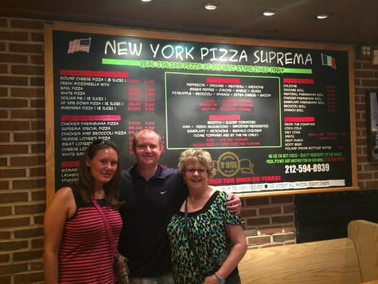Food On Foot Tours: Best pizza in NYC!