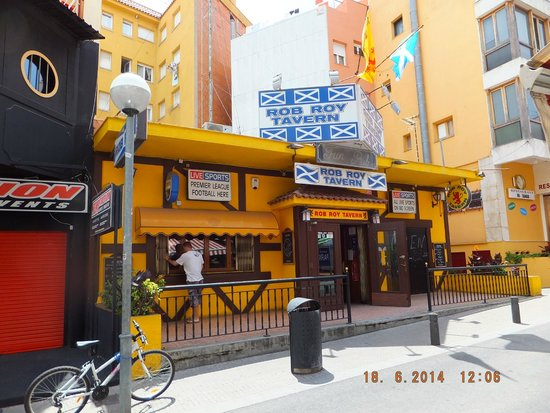 H·TOP Gran Casino Royal: The Rob Roy Tavern down town!!