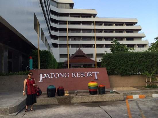 Patong Resort : Nice big resort
