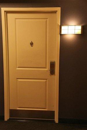 Residence Inn Toronto Downtown/Entertainment District: Hallway