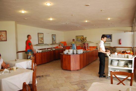 Scaleta Beach Hotel: Ресторан отеля