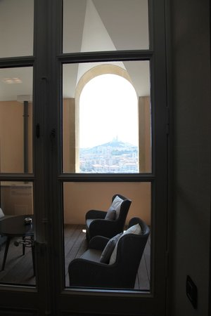 InterContinental Marseille - Hotel Dieu : The private patio (can you believe that view?)