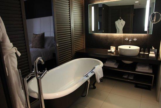 InterContinental Marseille - Hotel Dieu : Bathroom