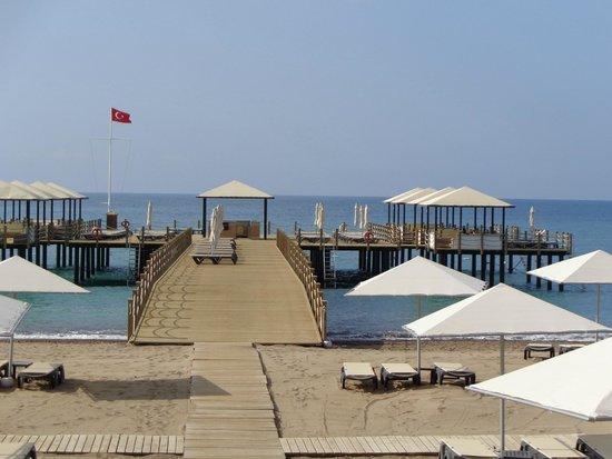 Kaya Palazzo Golf Resort : на пирсе