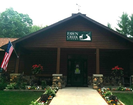 Fawn Creek Winery: Fawn Creek Entrance