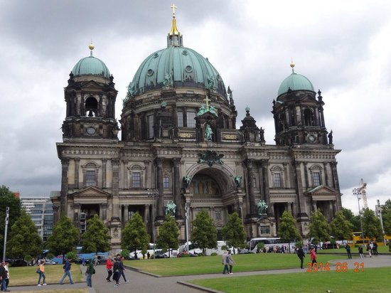 Berlin Cathedral: 外観