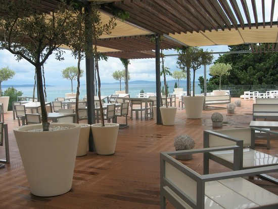 Radisson Blu Resort Split: café/bar