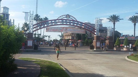 Kemah Boardwalk : Entrance