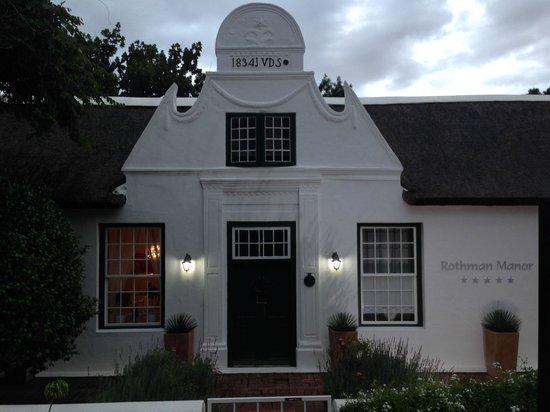 Rothman Manor: Eingang
