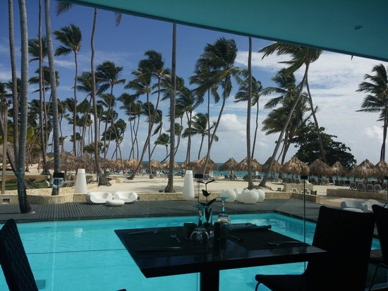 Meliá Caribe Tropical : Vista do Restaurante no The Level
