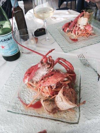 Torre Normanna Restaurant: Astice alla catalana così fresca che si sentiva l acqua di mare in bocca