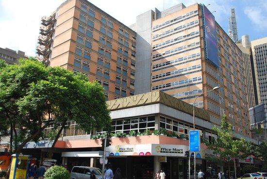 Sentrim 680 Hotel: Внешний вид отеля