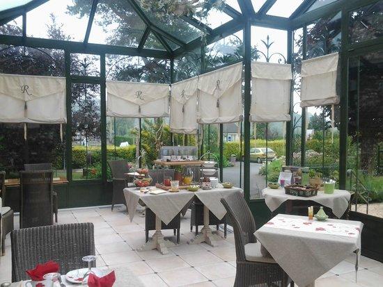 La Ramade Hotel de Charme: Pergola del comedor,muy bonito y tranquilo