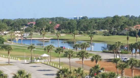 Hilton Sandestin Beach, Golf Resort & Spa : view from the 6th floor.