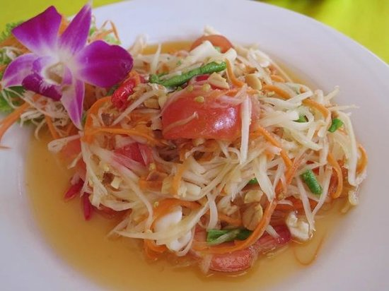 The Orchid Restaurant & Bar: Papaya salad with seafood