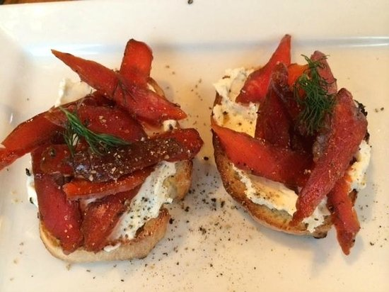 Cow Bay Cafe: Smoked Salmon Crostini