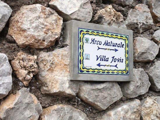 Villa Jovis : até chegar ..é subir..subir ,vale a pena.