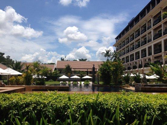 Angkor Miracle Resort & Spa: Pool view