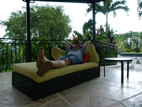 Arenal Kioro Suites & Spa: Lounging at Kioro