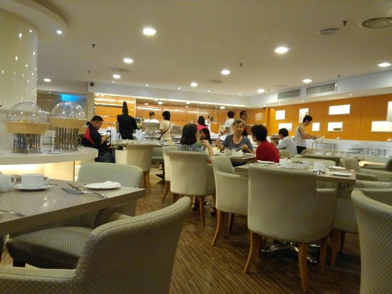 Hotel Restaurant For Our Breakfast Buffet Halal Food Served Picture Of Sunway Hotel Georgetown Penang George Town Tripadvisor