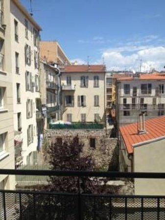 Adagio Access Nice Acropolis : View from balcony