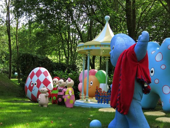 In The Night Garden boat ride - Iggle Piggle - Picture of Alton ...