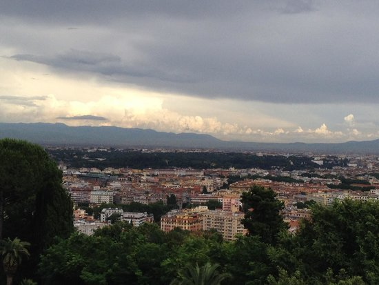 Rome Cavalieri, Waldorf Astoria Hotels & Resorts: A panoramic view from the rooms
