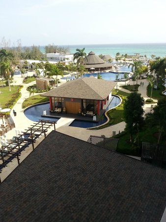 Royalton White Sands Resort: View from Rm. 613 balcony