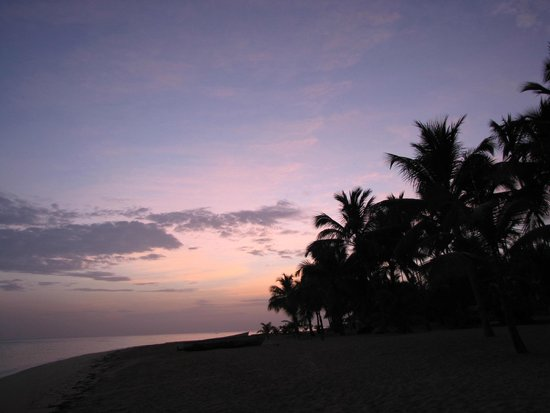 Hotel Residence Playa Colibri: early in de morning one the beach