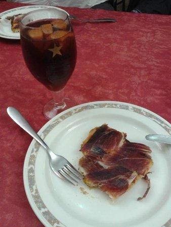 Xaica Restaurant : Sangria & bruschettona iberica