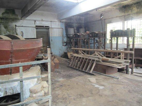 Happy Train: Ruined olive oil factory in Mochos