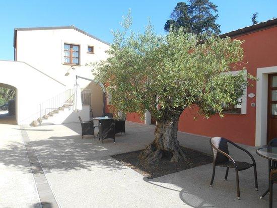 Alghero Resort Country Hotel: Près de la réception
