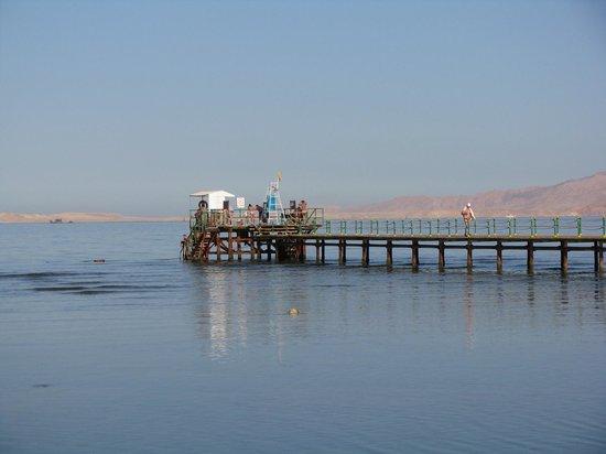 Radisson Blu Resort, Sharm El Sheikh: Radisson jetty and beautiful Red Sea