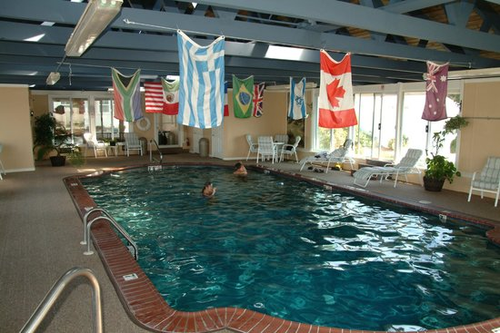 Pier 7 Condominiums: Indoor Heated Pool